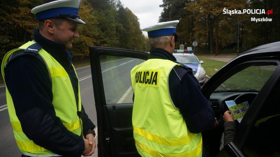 """Myszkowska drogówka w bezpieczeństwo """"wkręciła"""" kierujących"""